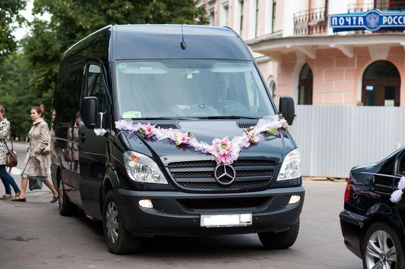 Заказать Автобус Мерседес-Спринтер-515 ЛЮКС! 2010 года 21 место ЧЁРНЫЙ